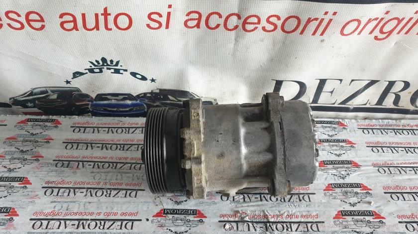 Compresor AC VW Golf IV 2.0 4motion 115/120cp cod piesa : 1J0820803K