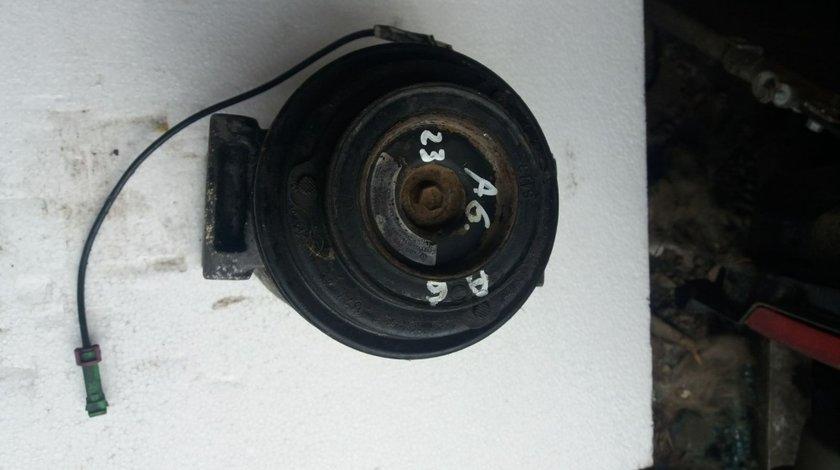 Compresor clima Audi A6 2.5 TDI cod 4B0260805C