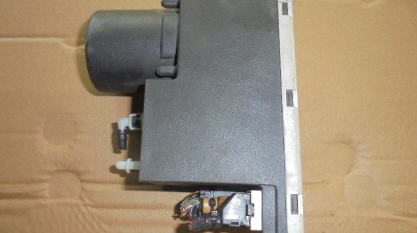 compresor sau pompa vacuum inchidere centralizata audi a4 an 2003 cod 8d0862257e