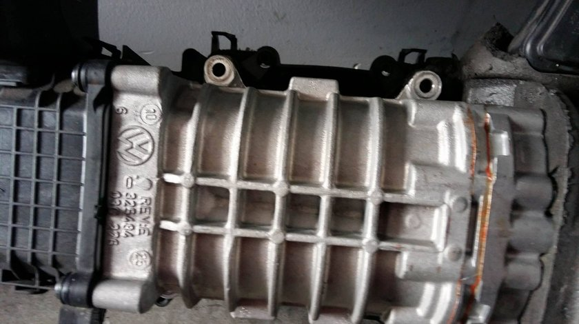 Compresor volumetric supraalimentare 1.4 tfsi 03c145601e audi vw