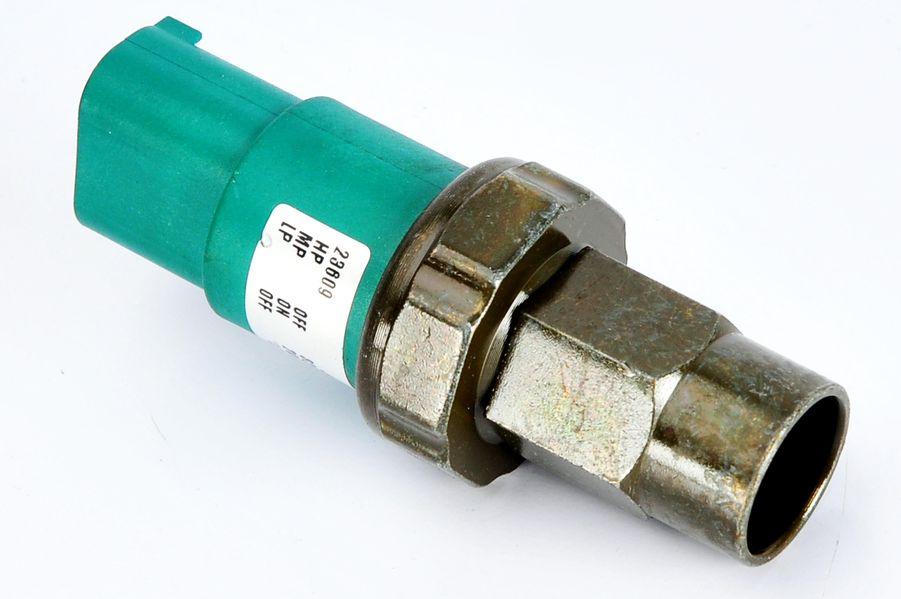 Comutator presiune aer conditionat BMW Seria 5 (E39), 7 (E38) 2.0-5.4 intre 1994-2004 cod intern: CI2475CF