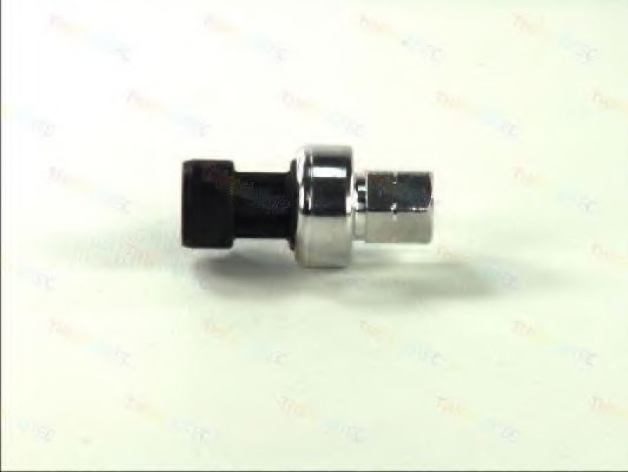 Comutator presiune, aer conditionat OPEL MERIVA (2003 - 2010) THERMOTEC KTT130005 produs NOU