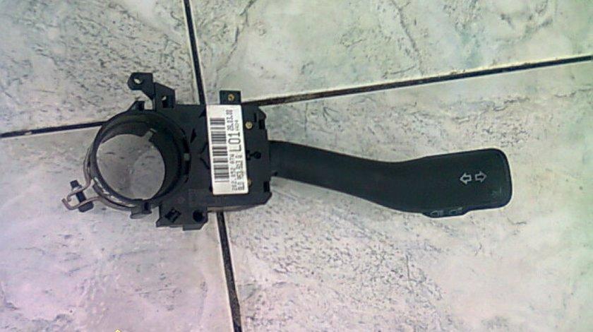 Comutator semnal faza lunga Skoda Fabia