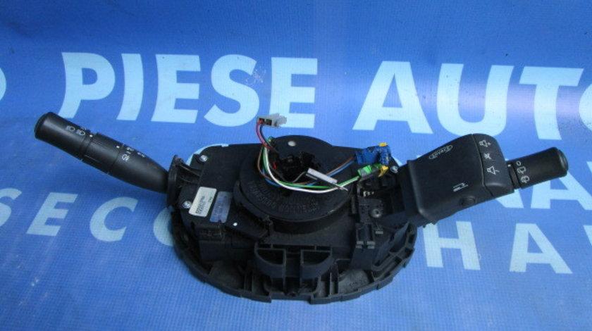 Comutator semnal-stergatoare Renault Megane ; 8200213760