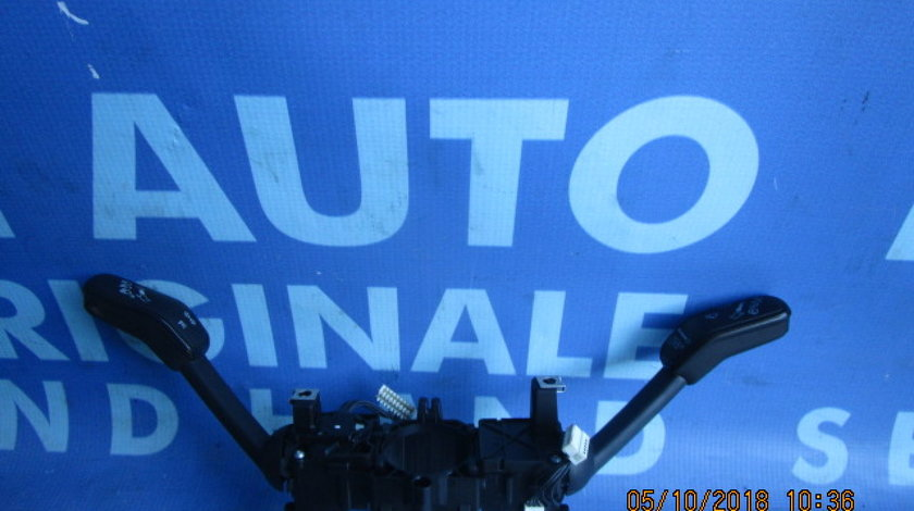 Comutator semnal-stergatoare VW Golf VII; 5Q0953521K