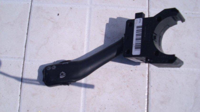 Comutator semnal stergatoare VW Passat B5