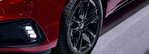 Concureaza cu BMW X5, dar e construita manual. In plus, scaunele ventilate si tractiunea integrala sunt standard
