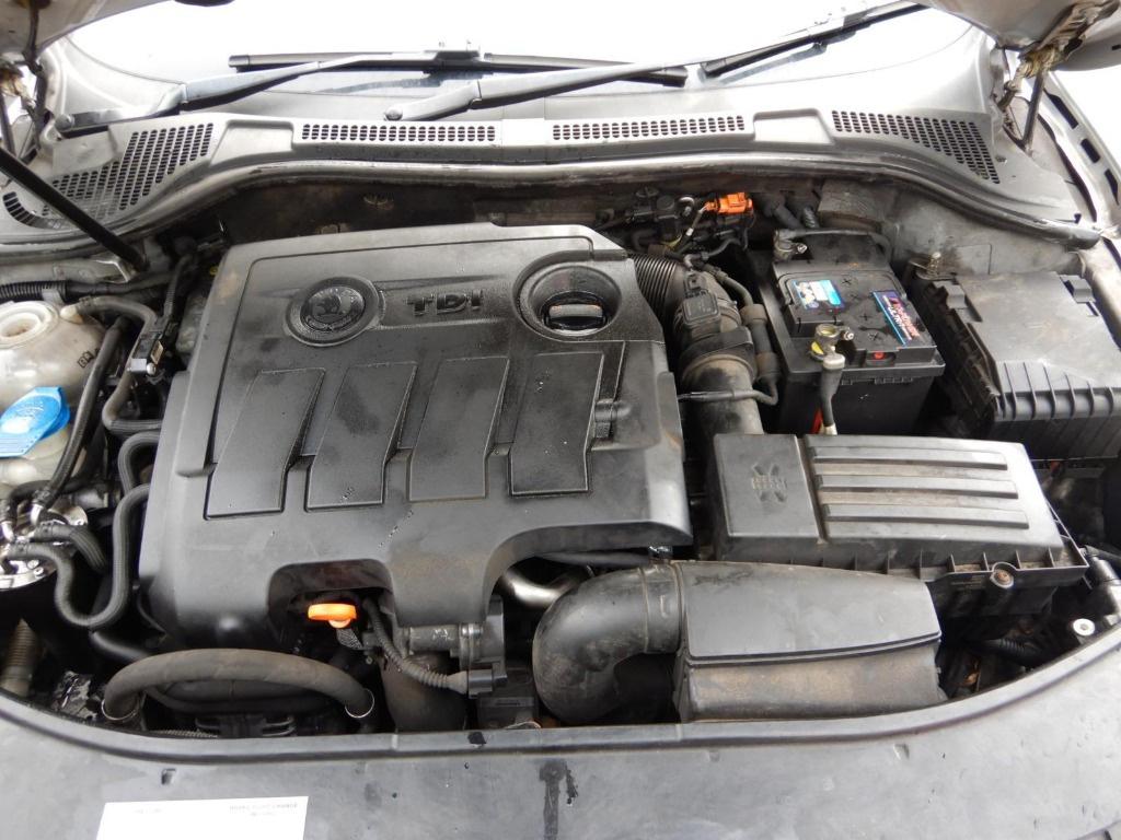 Conducta AC Skoda Superb 2 2013 Berlina 1.6 TDI