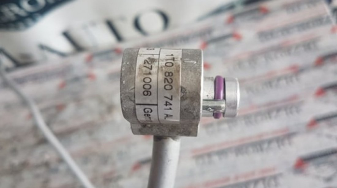 Conducta Ac Vw Touran 1T1 1.6 fsi bag blf 115 cai 1T0820741AL
