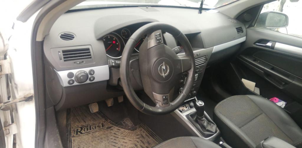 Conducte AC Opel Astra H 2008 break 1,9 CDTI