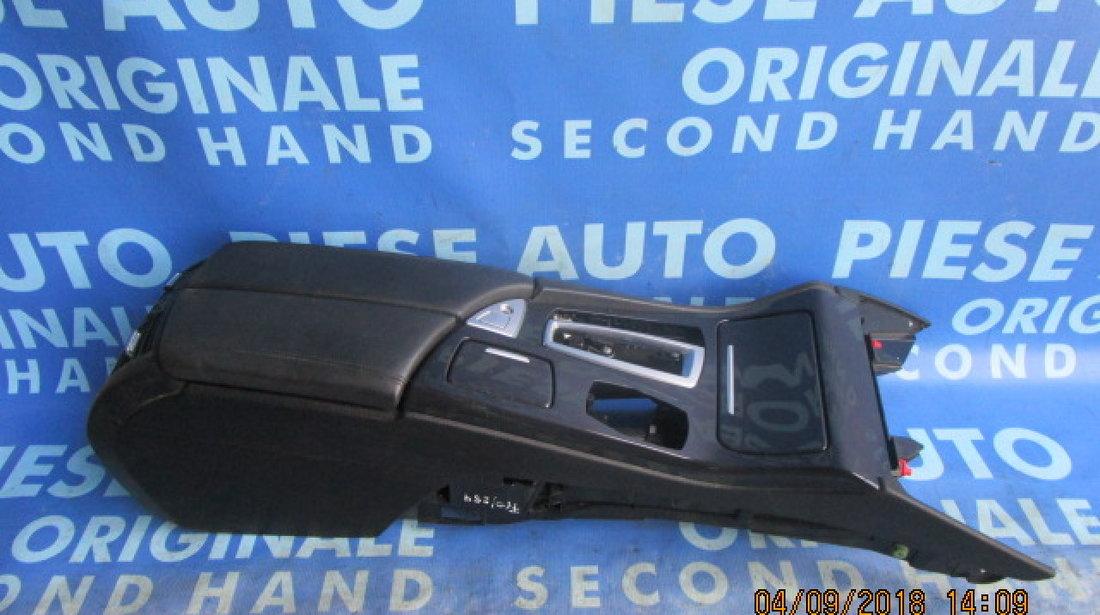 Consola bord BMW F10 2013