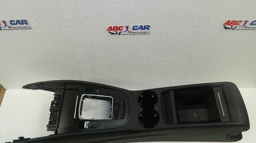 Consola centrala Audi Q5 model 2013