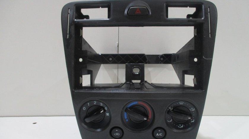 Consola centrala Ford Fusion an 2006-2010 cod 256H19980BF