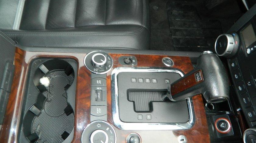 Consola centrala mahon Vw Touareg 7L 5.0Tdi V10 model 2002-2010