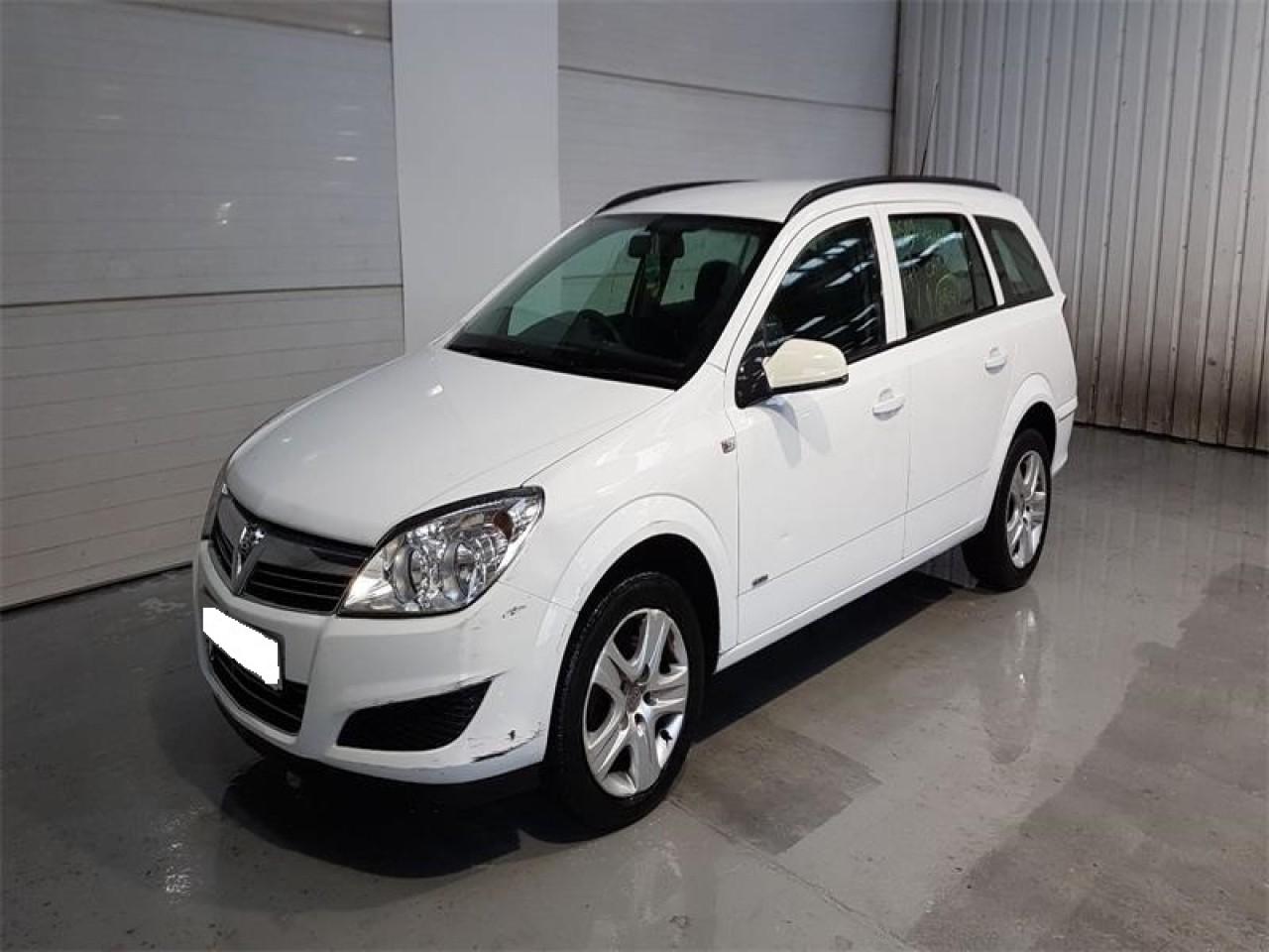 Consola centrala Opel Astra H 2010 Break 1.3 CDTi