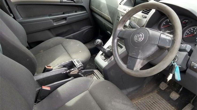 Consola centrala Opel Zafira B 2007 MPV 1.9 CDTi