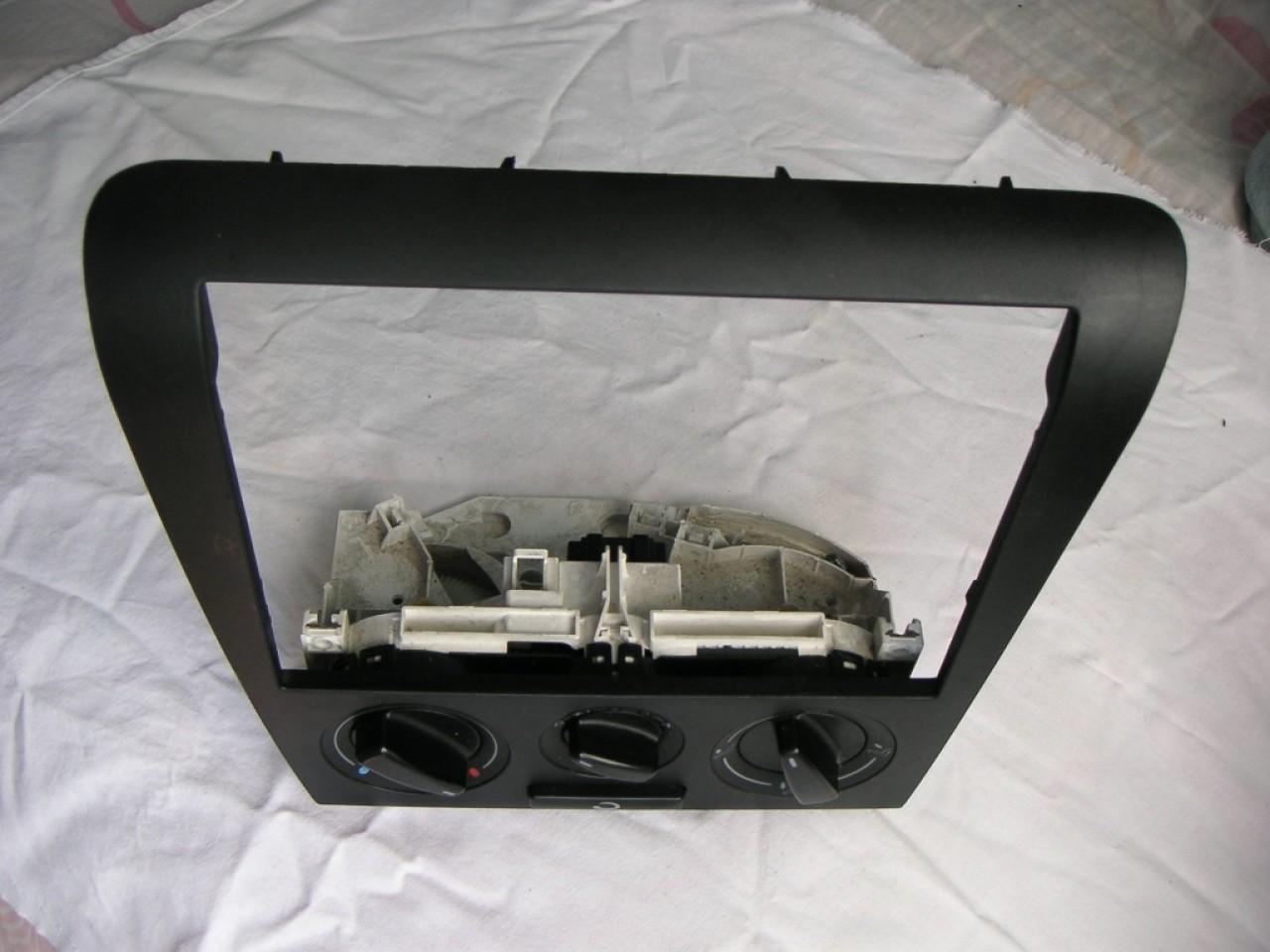 Consola comanda clima Skoda Octavia 1 (1998-2005) cod 1J0819045E
