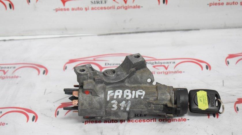 Contact cu cheie Skoda Fabia 311