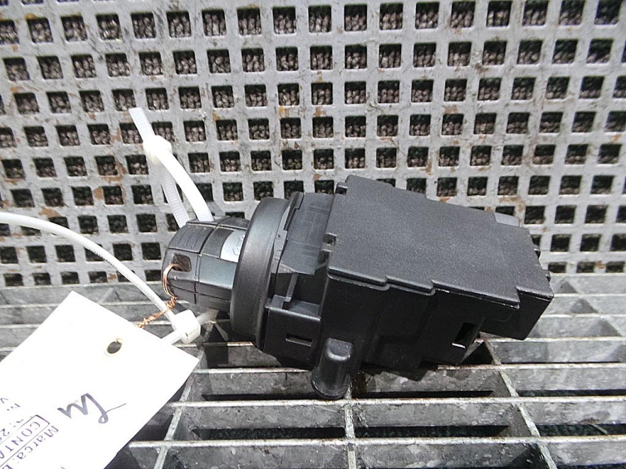 CONTACT PORNIRE MERCEDES-BENZ C-CLASS (W203) C 220 CDI (203.006) diesel (2000 - 05-2007-08)