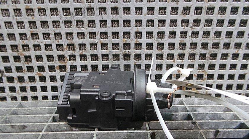 CONTACT PORNIRE MERCEDES-BENZ C-CLASS (W203) C 32 AMG Kompressor (203.065) benzina (2000 - 05-2007-08)