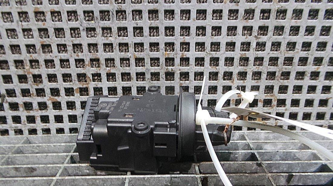 CONTACT PORNIRE MERCEDES-BENZ C-CLASS (W203) C 350 4-matic (203.087) benzina (2000 - 05-2007-08)