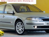 Copertina portbagaj pe Renault Laguna 2 hatchback 1 8 benzina 1783 cmc 86 kw 116 cp tip motor f4p c7 70