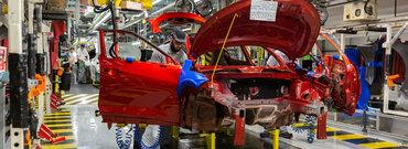 Coronavirusul ingenuncheaza industria auto europeana. Producatorii cer de urgenta ajutorul UE