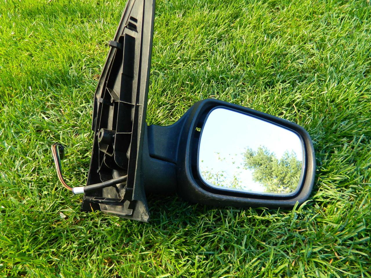 Corp oglinda dreapta electrica Ford Fiesta MK6 2204-2008