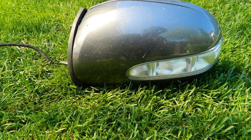 Corp oglinda stanga Mercedes ML W164