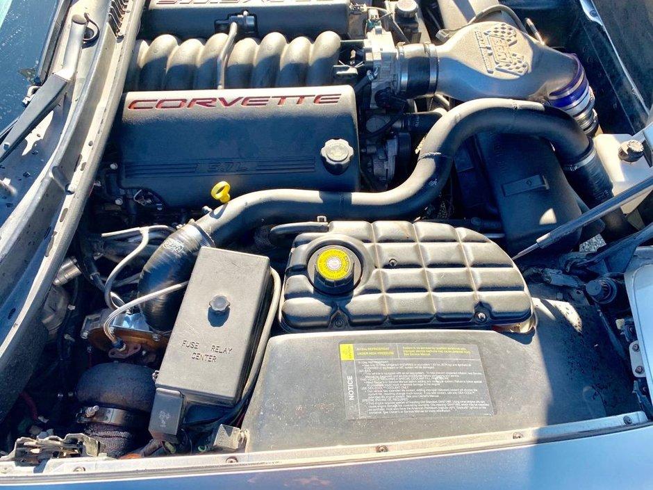 Corvette de 650 CP la pret de Dacie