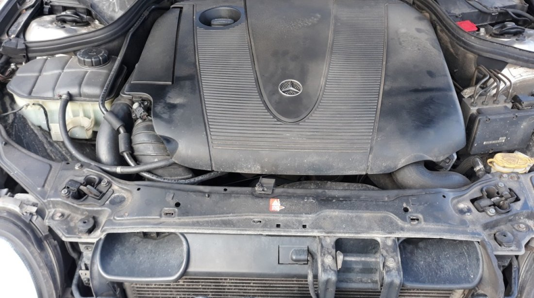 Cotiera Mercedes C-CLASS W203 2004 berlina 2.2