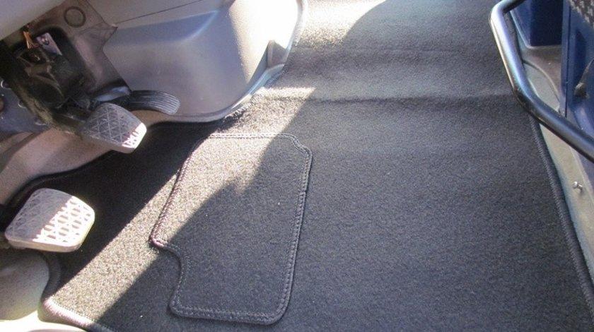 Covoare mocheta VW CRAFTER 2006 -> ( MOMER 300 ) VistaCar