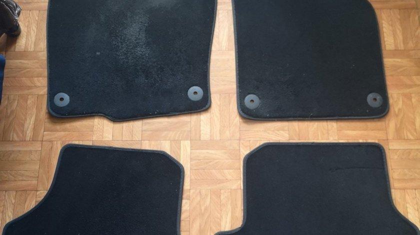 Covorase Covoare Presuri Mocheta Passat B6 B7 OEM Originale Textil Set