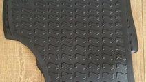 Covorase ( presuri) Cauciuc originale Audi Q3 (201...