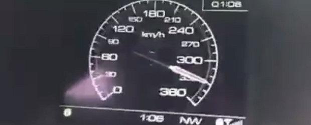 Cu 330 km/h pe drumurile publice la bordul unui Ferrari de 780 CP