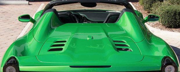 Cu banii platiti pe vopseaua acestei masini ar mai fi putut cumpara un Mercedes
