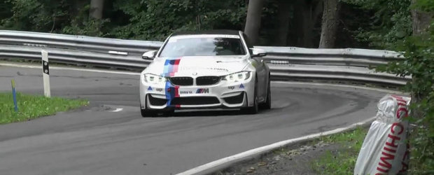 Cu BMW-ul M4 manual la coasta. Superb sau ce?