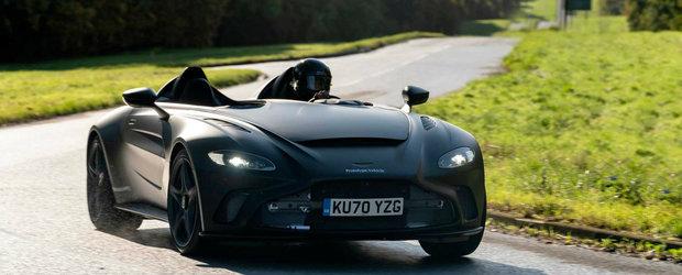 Cu un pas mai aproape de productie. Noua super masina, fara plafon si parbriz, de la Aston Martin a iesit in PREMIERA pe strazi