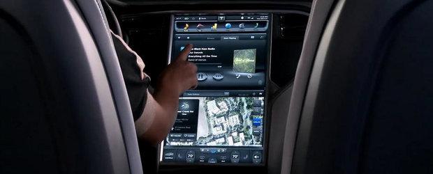 Cum arata si cum functioneaza centrul de comanda al electrizantului Tesla Model S