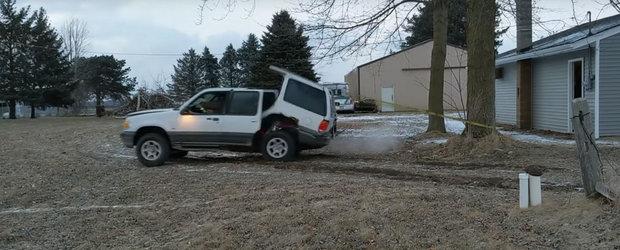 Cum dezmembrezi o masina in doi timpi si trei miscari? O legi de copac si calci acceleratia la podea