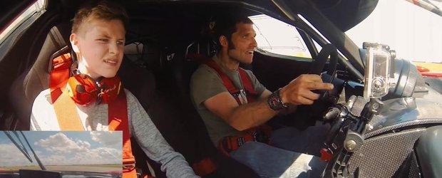 Cum e sa conduci singurul Ferrari FXX omologat de strada, pe circuit?