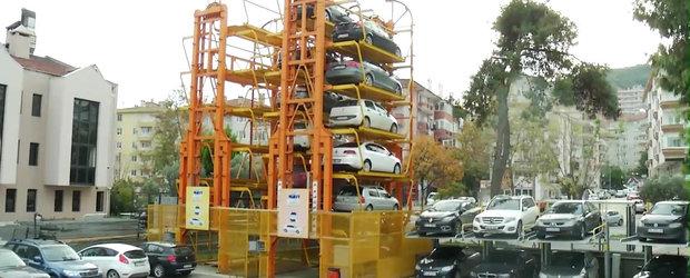 Cum poti parca 12 masini in siguranta, ocupand doar 2 locuri de parcare?
