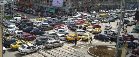 Cum sa scapi de aglomeratie incalcand legea in Bucuresti, dar fara sa fii prins