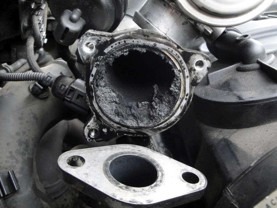 Cum se conduce un diesel: cand e mai bine sa schimbi treapta, la 2000 sau la 4000?