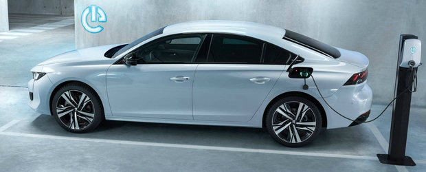 Cumperi una si mergi aproape gratis. Noua masina de la Peugeot consuma doar 1,3 la suta