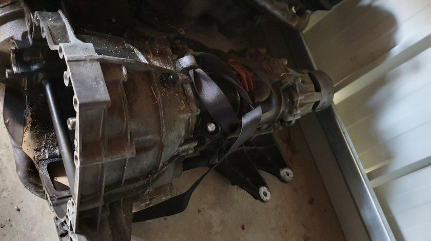 Cutie de viteze manuala 6 trepte 4x4 AUDI A4 B8 A5 2008 2009 2010 2011