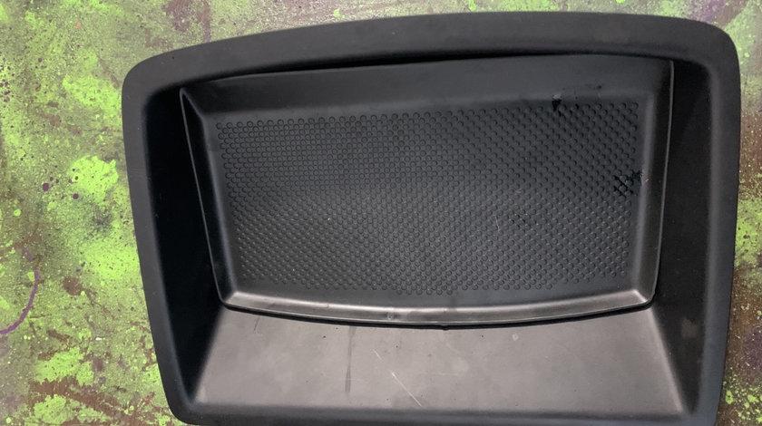 Cutie superioara centru bord Volkswagen Golf generatia 5 [2003 - 2009] Hatchback 5-usi 1.6 FSI Tiptronic (116 hp) (1K1)