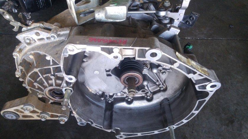 Cutie viteze jeep renegade 1.6 crd 2014-2018 55250410 fiat tipo jeep compass fiat 500 x