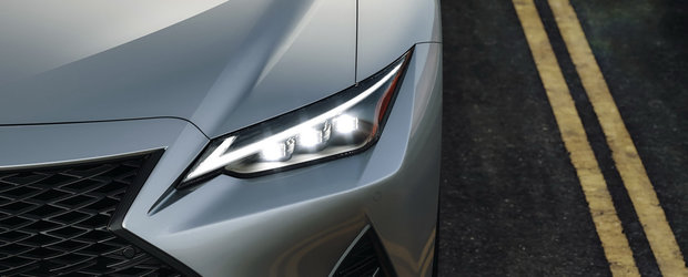 Daca nu vrei s-auzi de Seria 3, ASTA e masina TA. Are cel mai agresiv design din segment si motor V6 ASPIRAT de 311 CP