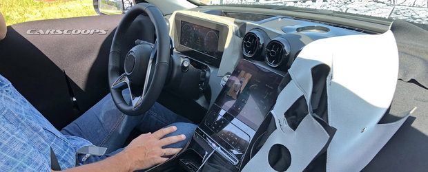 Daca ramane asa, BMW Seria 3 isi va pierde toti clientii. Uite cum arata la interior noul Mercedes C-Class